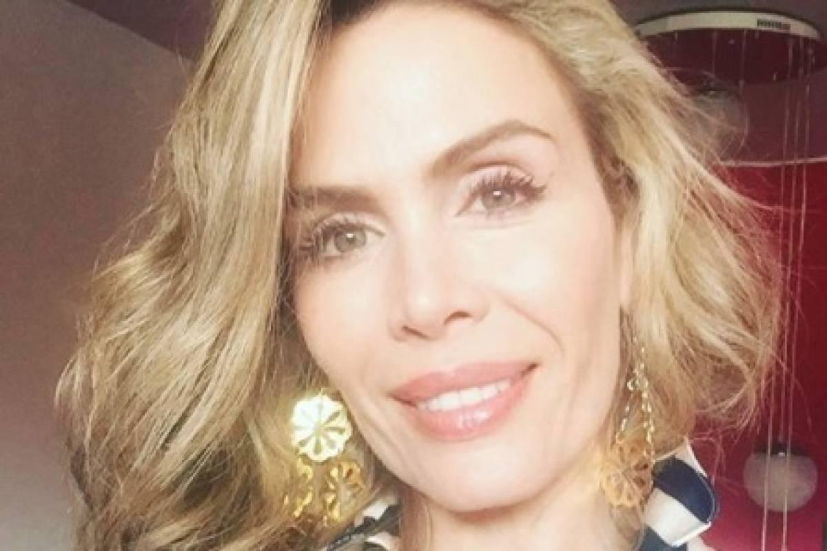 Colombiana haciendo su primera mamada 6