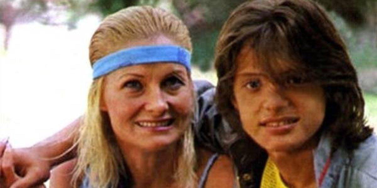 Se viralizan fotos de indigente y aseguran que es la mamá de Luis Miguel