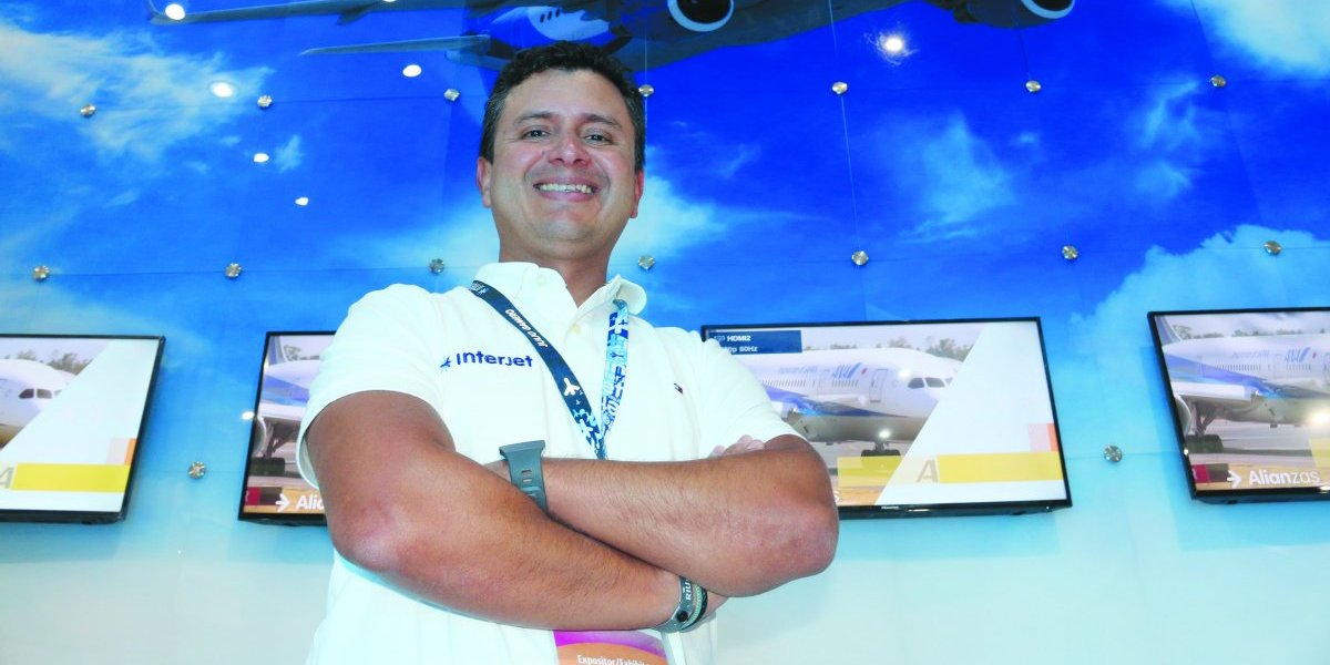 Interjet goza de la preferencia de los viajeros: Julio Gamero