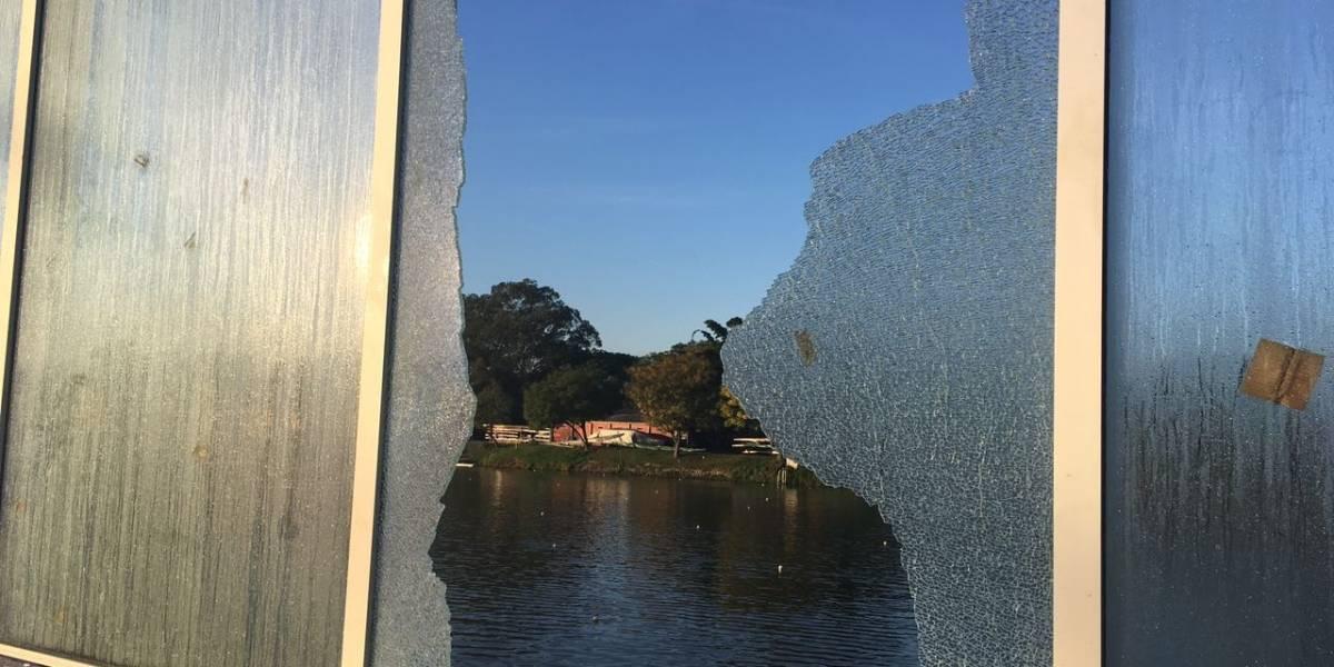 Pela 2ª vez na semana, vidros da Raia Olímpica da USP são quebrados