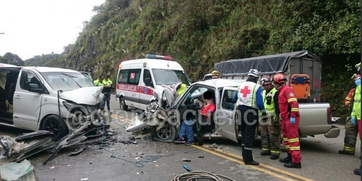 Se registró 9 heridos en accidente de tránsito en sector San Pedro de Yumate, Cuenca