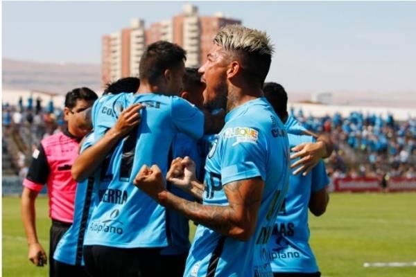 Universidad de Concepción ganó su sexto partido consecutivo tras vencer a Everton