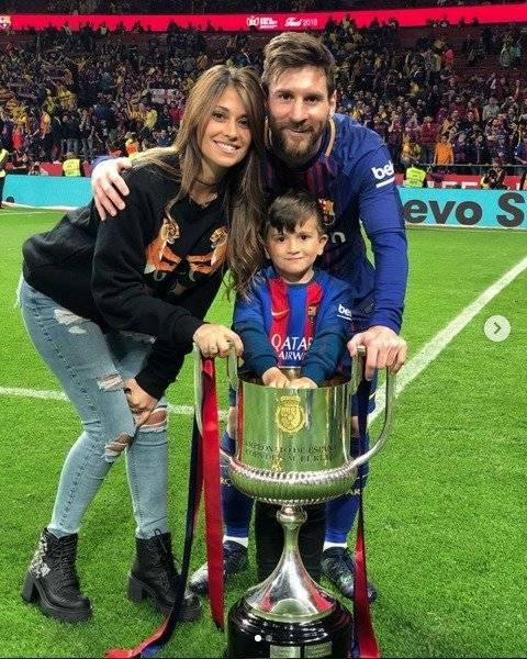 La familia Messi con la Copa