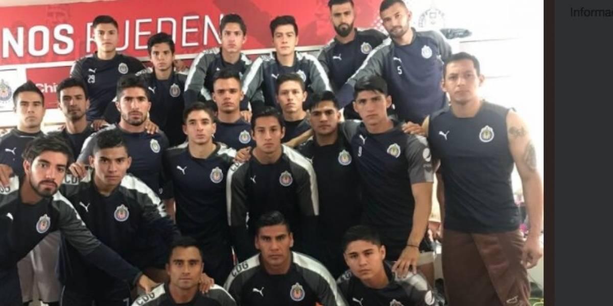 Jugadores de Chivas se unen para pedir a la directiva que les pague
