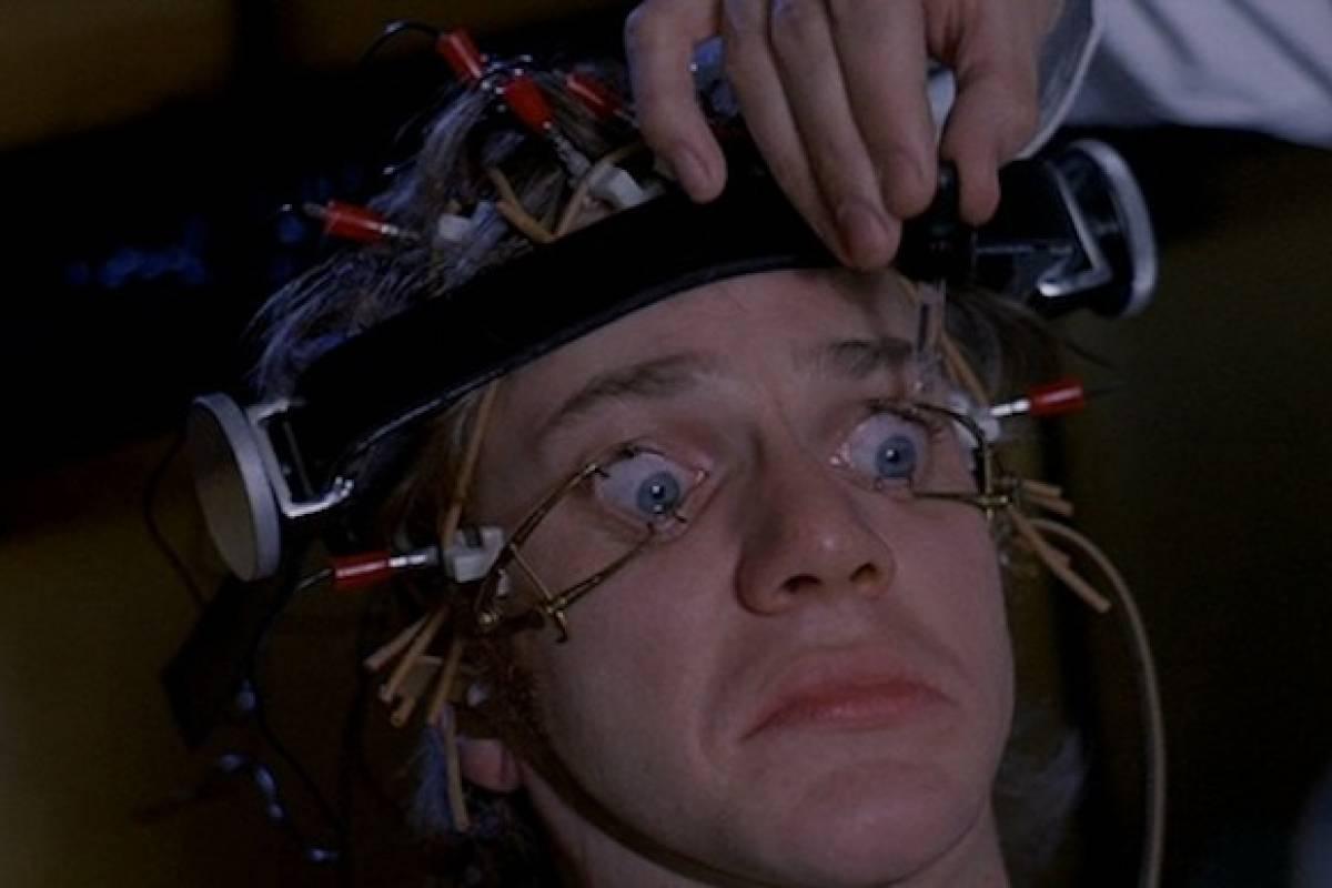 Siniestras imágenes retratan armas de control mental en EE.UU.