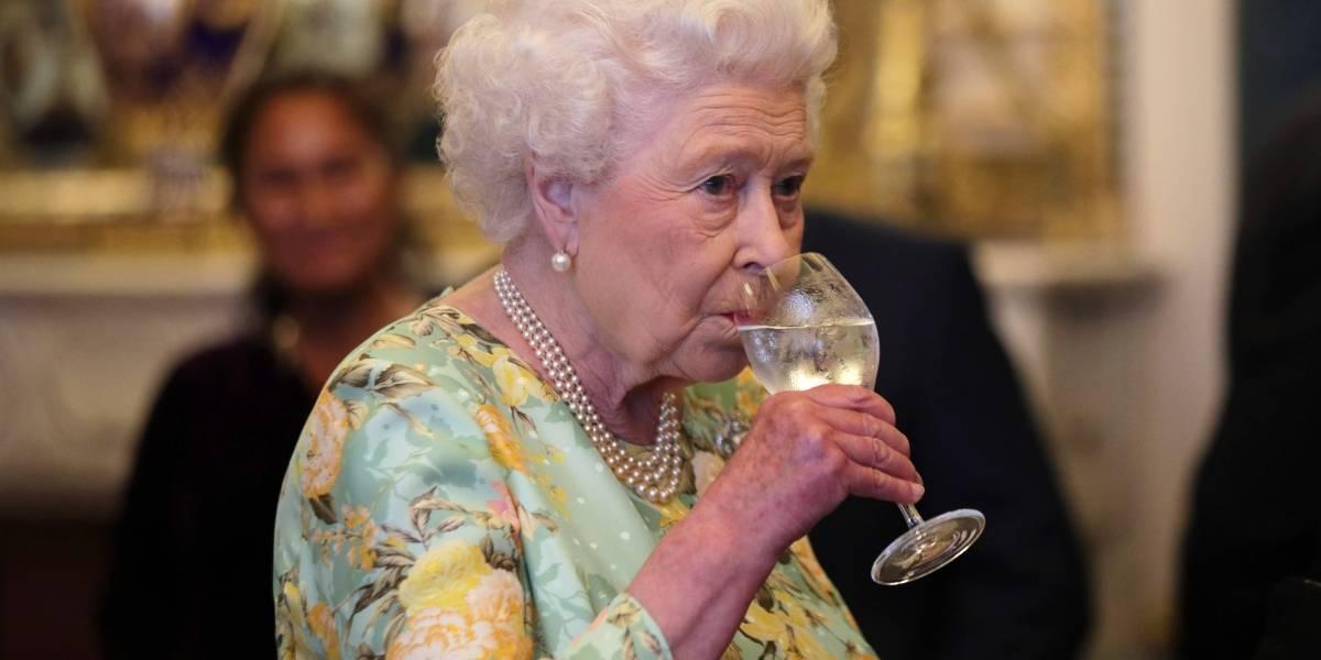 Reina Isabel II celebra su 92 cumpleaños con un concierto