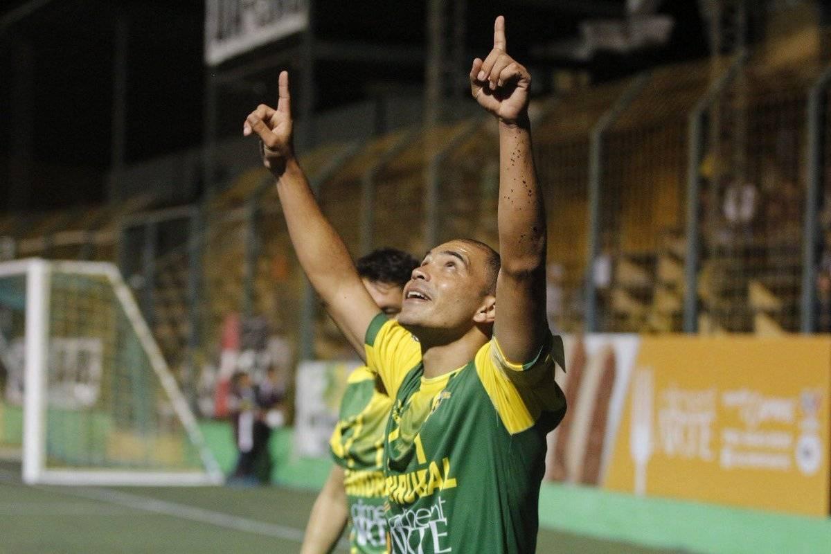El festejo de Janderson Pereira