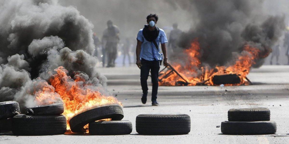 Tras tres días de violentas manifestaciones y 10 muertos, Nicaragua acepta dialogar