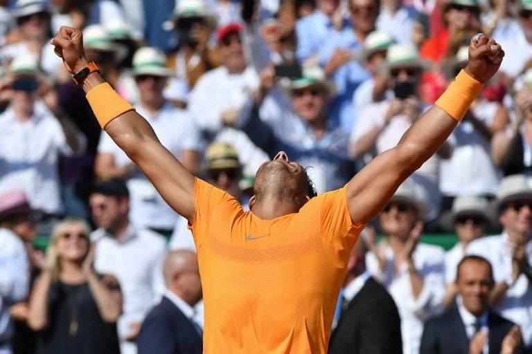 Nadal celebra tras un nuevo título