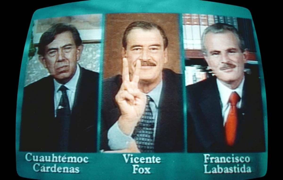 Cuauhtémoc Cárdenas, Vicente Fox y Francisco Labastida. Acordaron reunirse para discutir los términos del debate presidencial durante un noticiero nocturno. Foto: Cuartoscuro