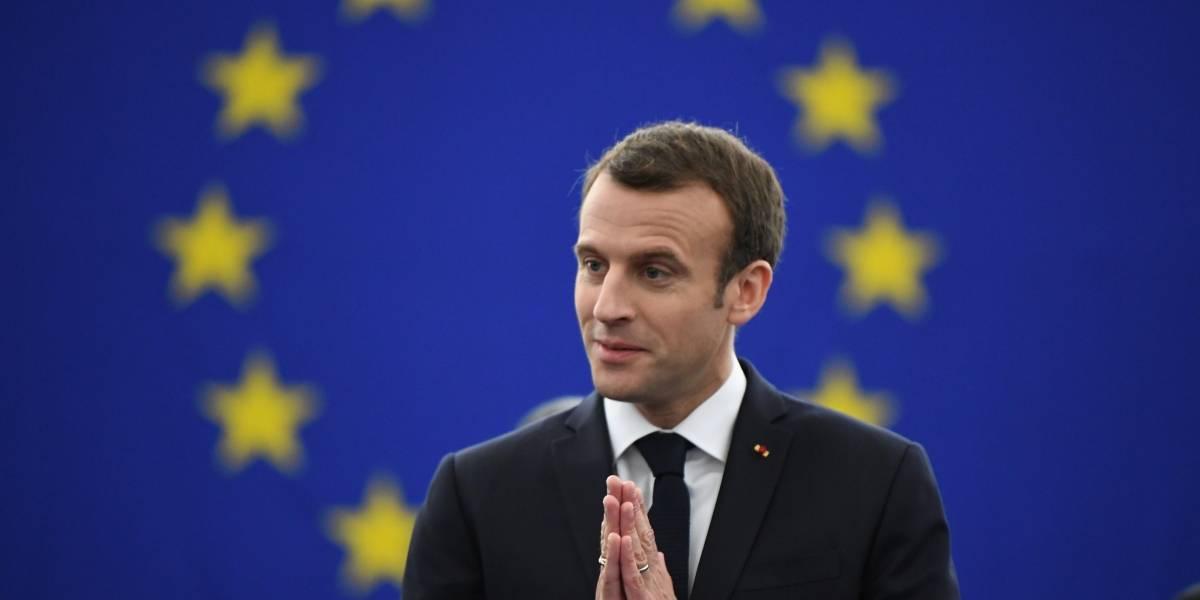 Hacer una guerra contra todo el mundo no sirve, dice Macron a Trump
