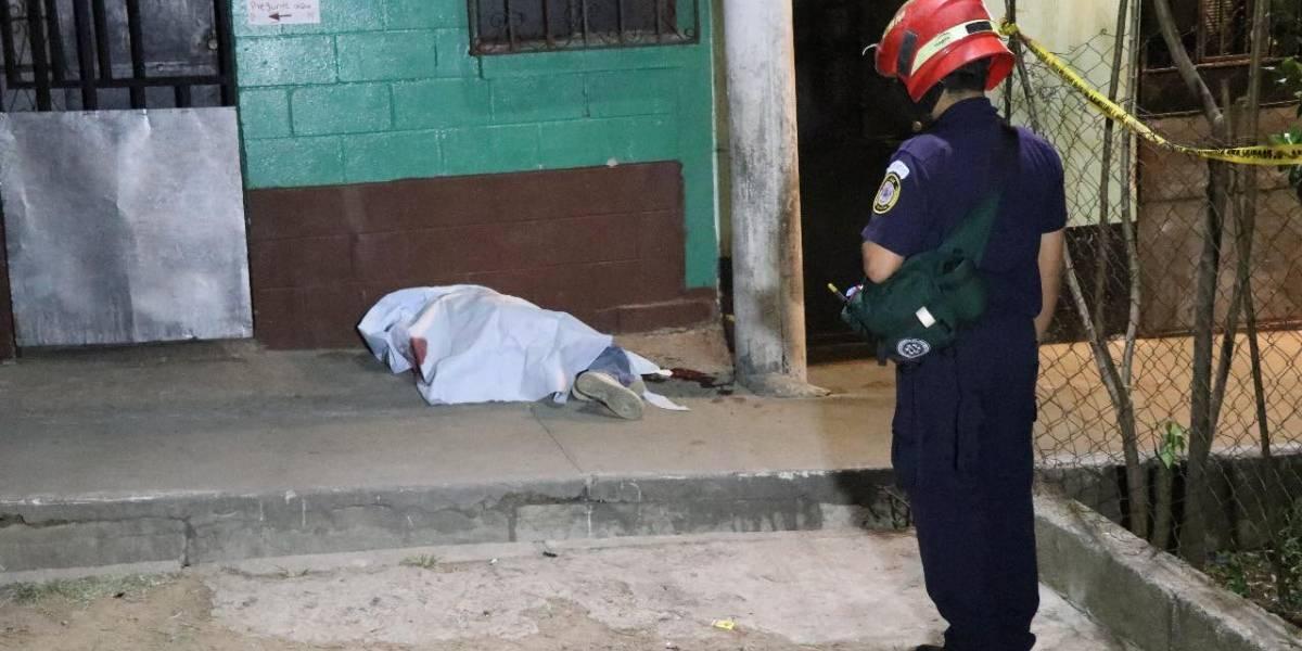 Rivalidad entre pandillas deja un fallecido y tres heridos