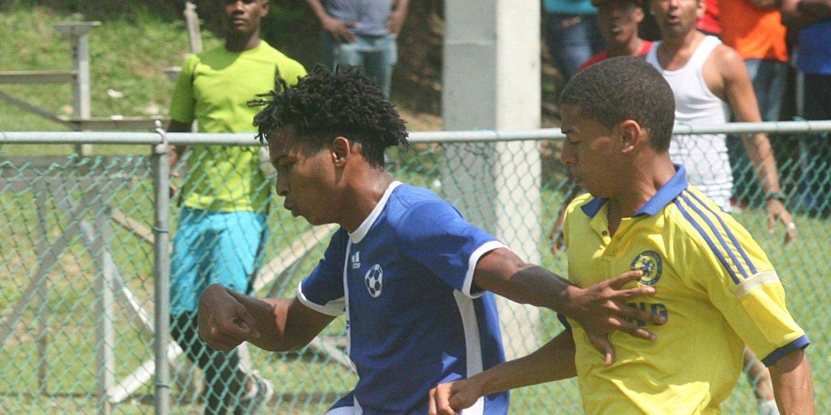 Gol de Hermes da triunfo al Atlético Vega Real