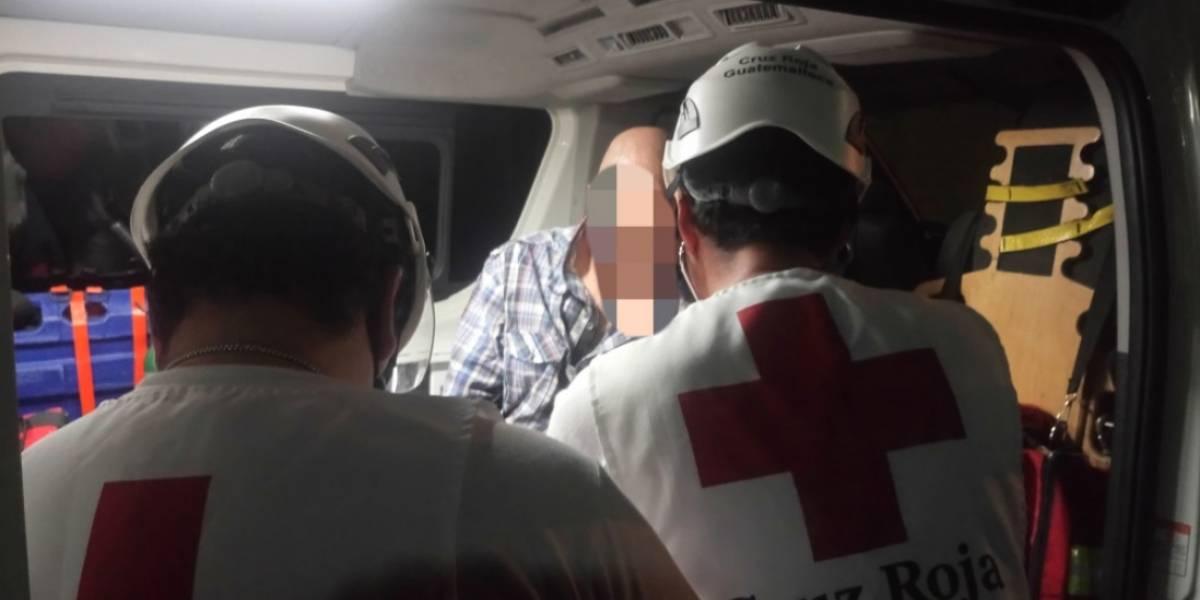 Dos funcionarios heridos tras disturbios en Hogar Seguro en zona 15