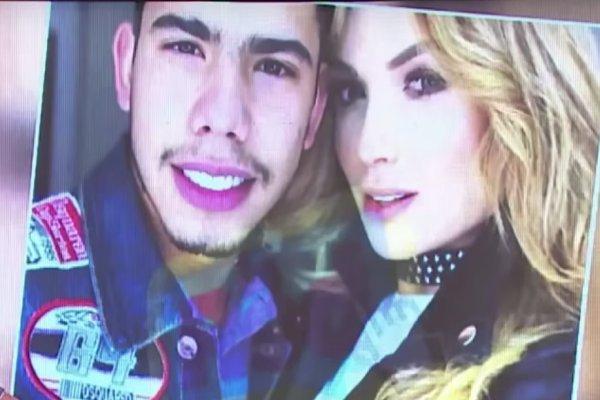 Sara Uribe e hijo de