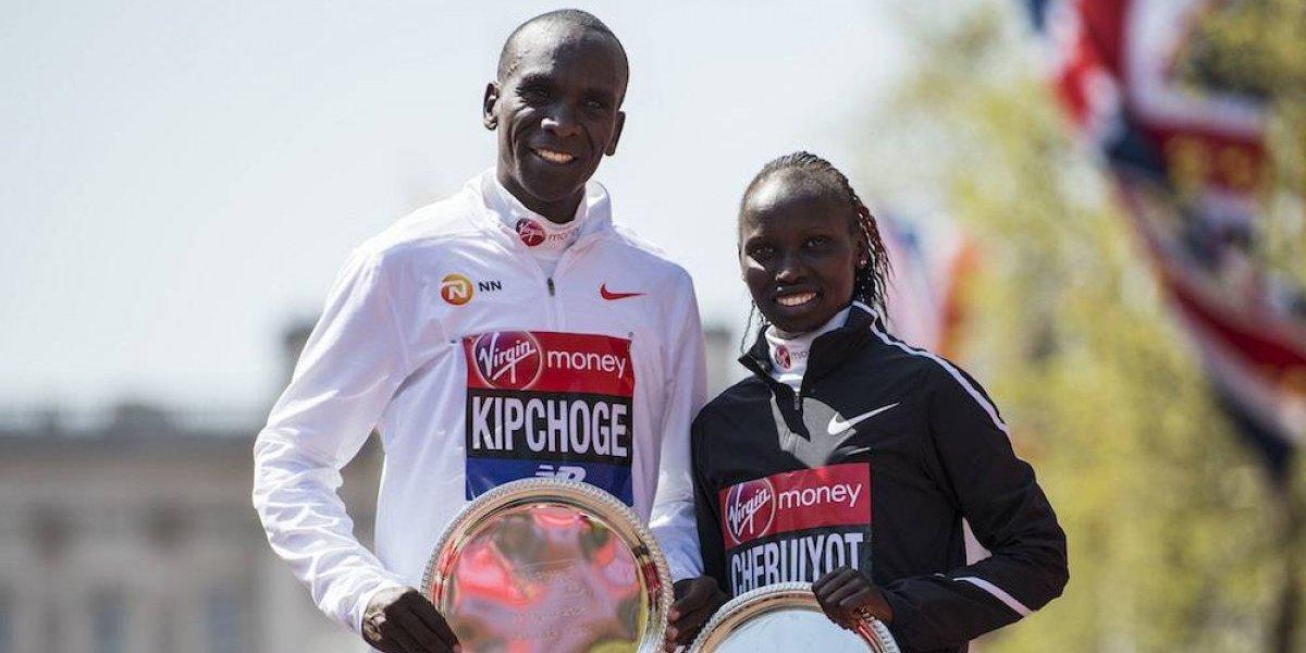 Kenianos Kipchoge y Cheruiyot ganan el Maratón de Londres