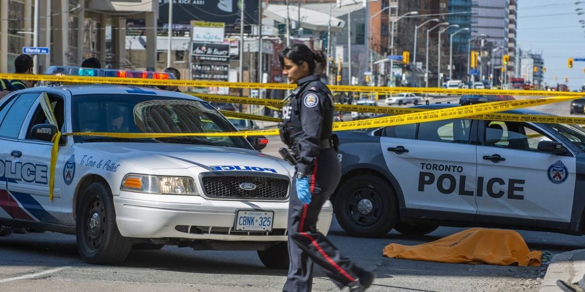 9 muertos y 16 heridos en el atropello de una furgoneta en Toronto
