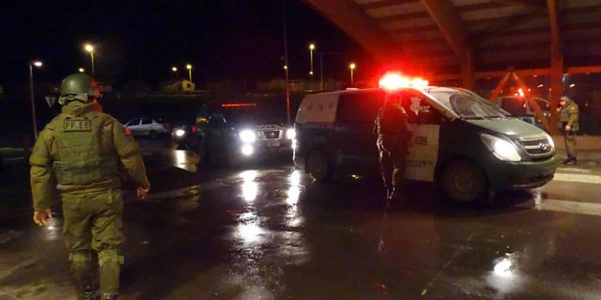 Insólita fuga en La Florida: detenido escapó esposado desde cuartel de Carabineros y atropella a funcionario