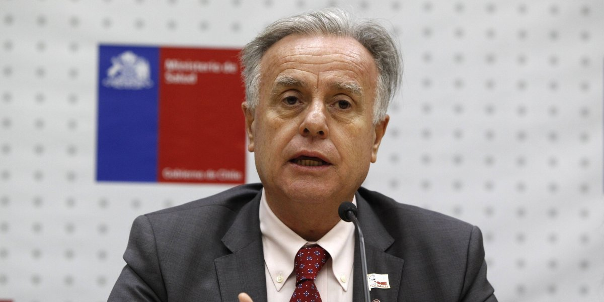 Santelices suma y sigue: anuncian acción legal contra ministro por vincular aumento de VIH con migrantes