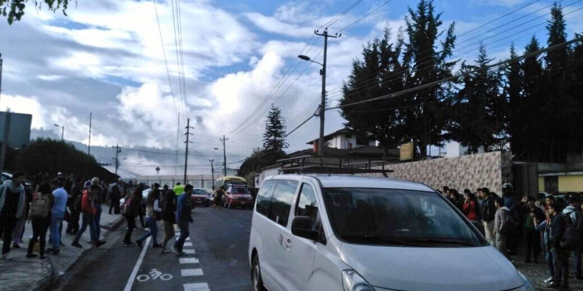 Quito: Descartan amenaza de bomba en la Escuela Politécnica