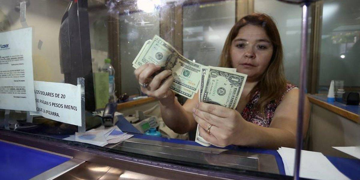 Guerra comercial entre EEUU y Turquía lleva a dólar a dispararse $7 este viernes