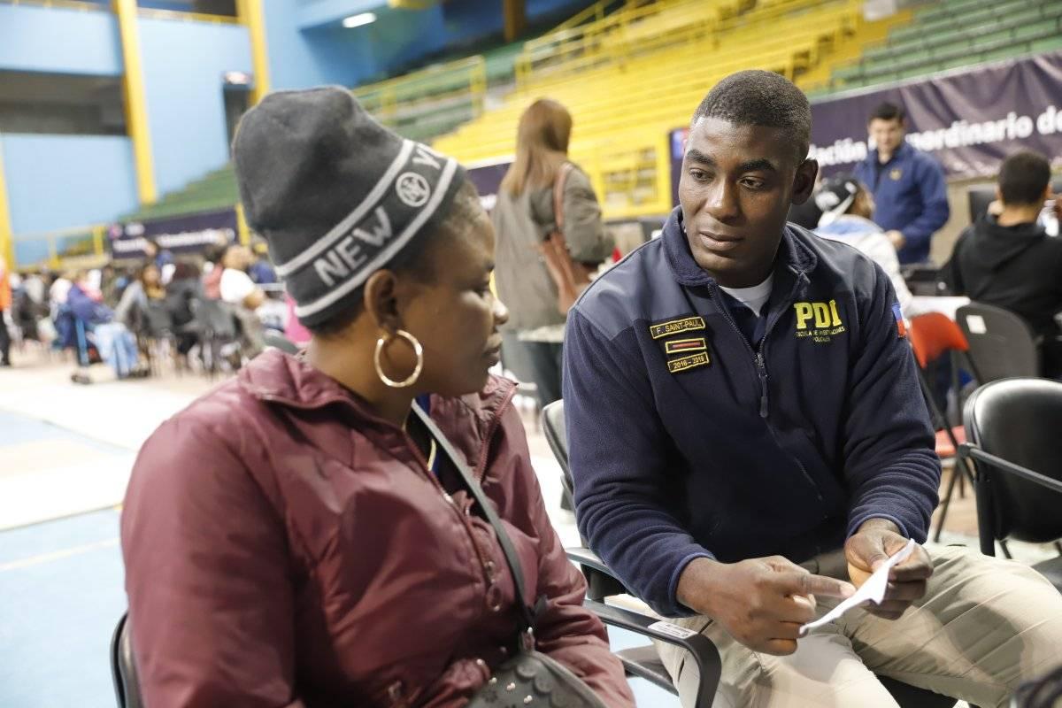 Haitianos quedaron registrados como héroes en proceso de regularización