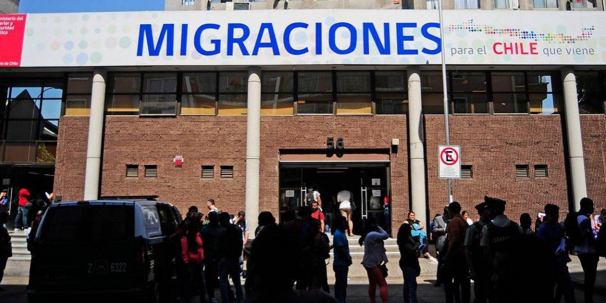 La razón por la que se eliminó la visa que facilitaba a extranjeros llegar de turista y quedarse trabajando