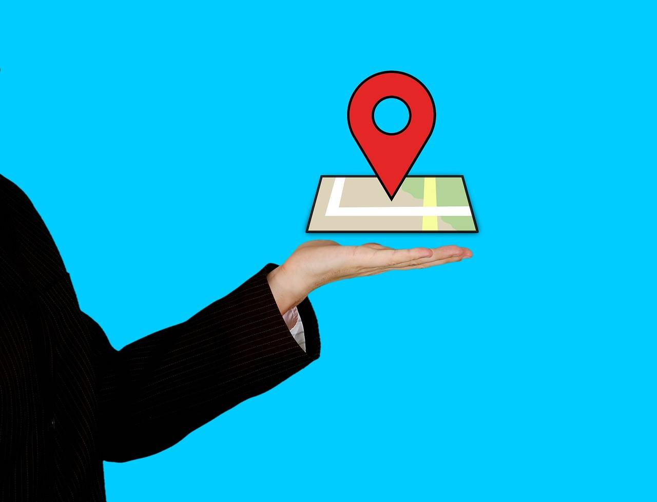 Cuidado con los stalkers: Esta creepy app te deja conocer la ubicación y más de tus contactos