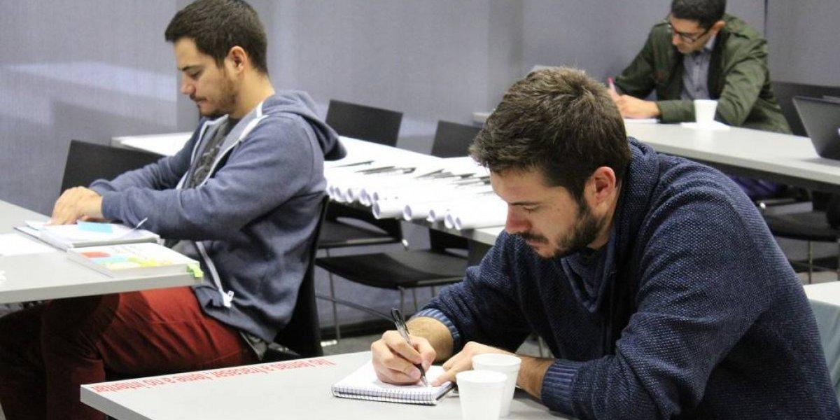 """Atención innovadores en ciencia y tech: Incuba UC ya abrió la cuarta convocatoria para su programa """"Rocket Labs"""""""