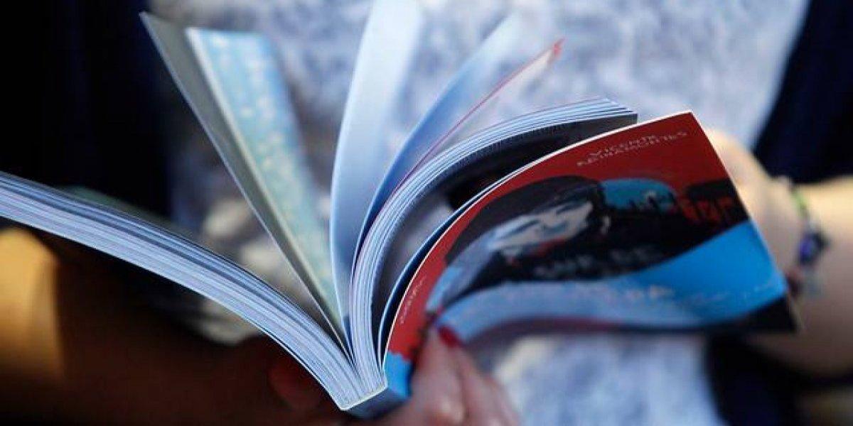 Día del Libro: Piñera llama a no ser pesimistas ante bajos índices de lectura
