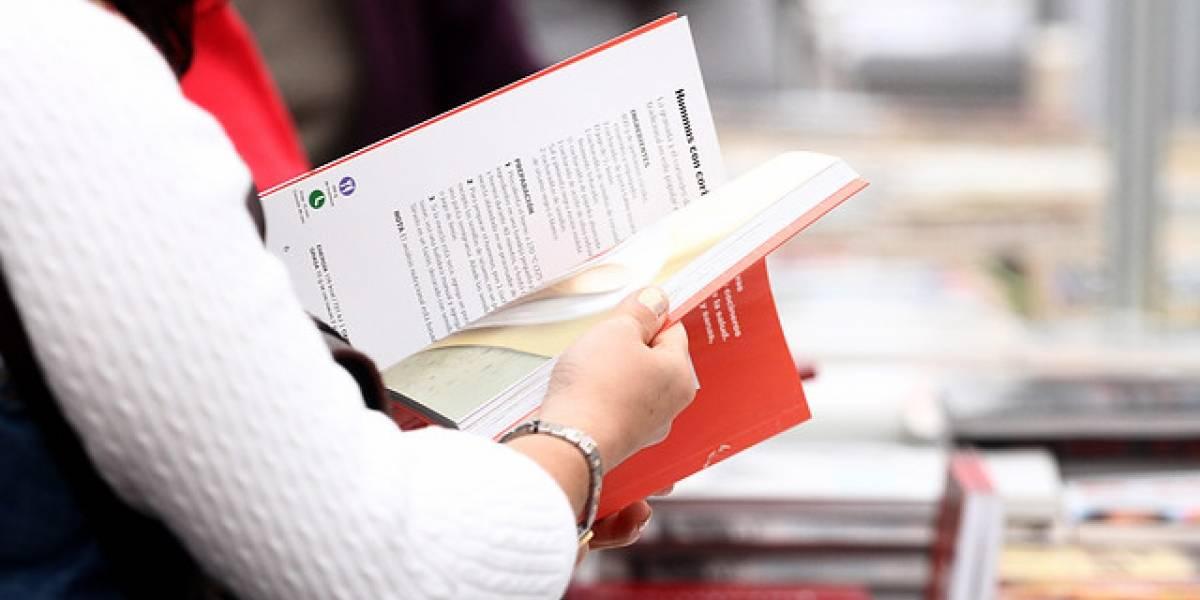 Entrega de textos gratis y petición de las municipalidades para reducir el IVA se tomaron el Día del Libro 2018