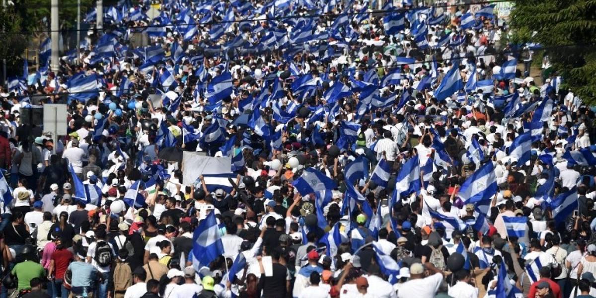 Masiva marcha en Nicaragua reclama fin de represión y libertad de detenidos