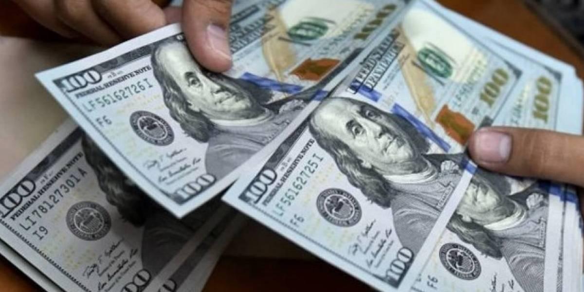 Dólar spot rompe barrera de los 19 pesos