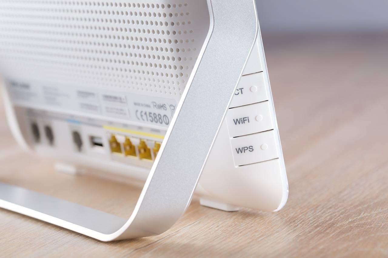 ¿Se estan robando tu señal Wi-Fi? Te enseñamos a descubrirlo y a protegerte ante ladrones.