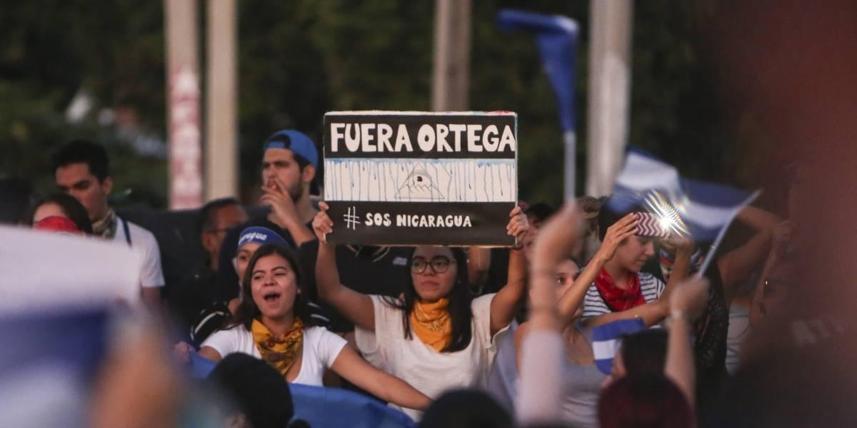 Sube la presión en Nicaragua: Ahora los manifestantes piden la dimisión del presidente Daniel Ortega