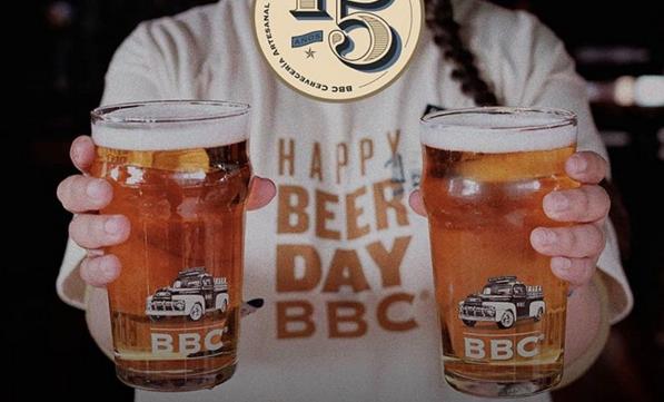 ¡Pilas! Hoy y mañana habrá cerveza gratis en todos los BBC del país (en las bodegas también)