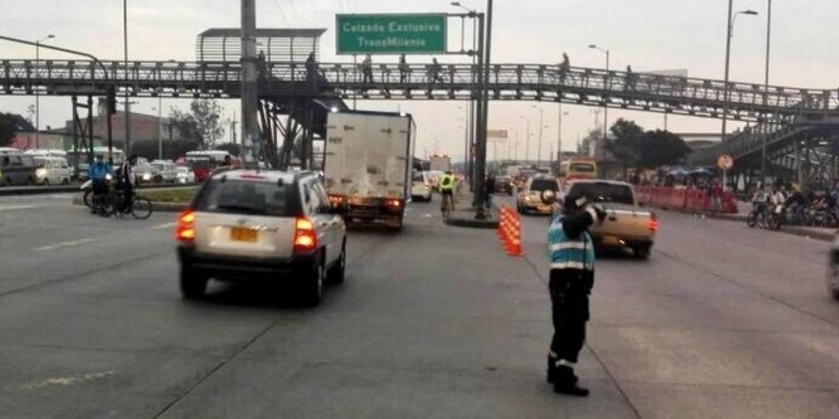 Choque entre volqueta y buseta deja 10 heridos en Bogotá