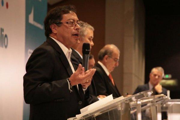 Ver el debate presidencial del Canal Capital EN VIVO ONLINE