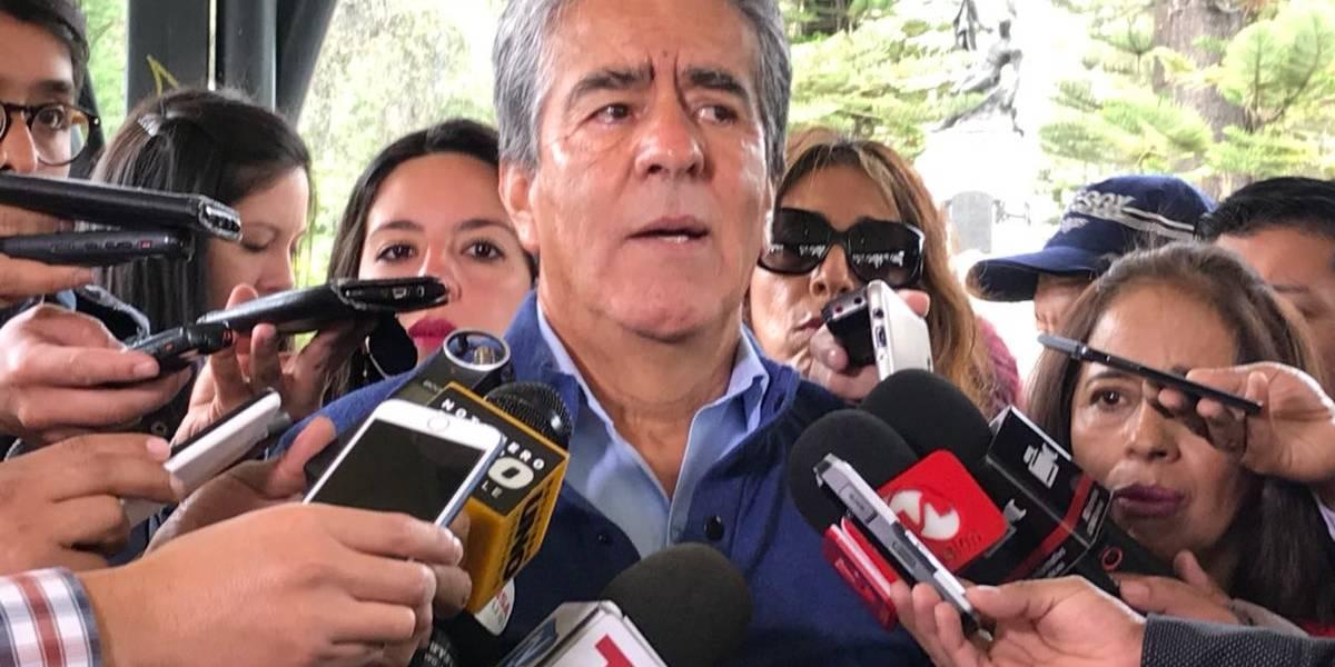 Se investiga a reconocido sacerdote acusado de abuso sexual en Cuenca