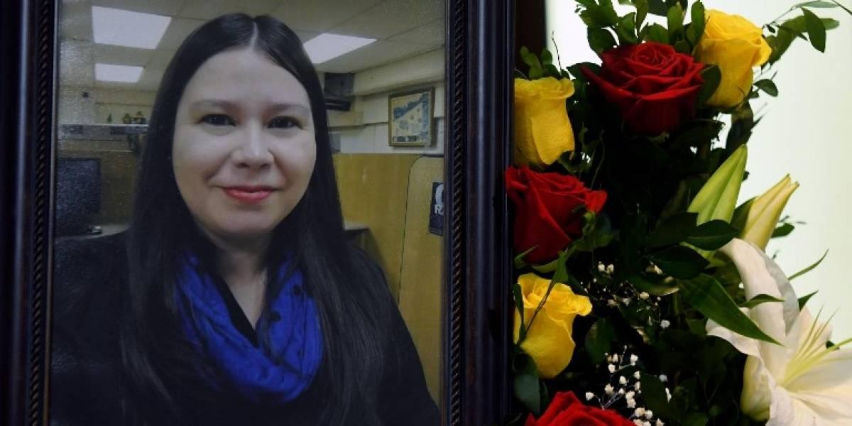 Detienen a esposo de periodista asesinada en El Salvador