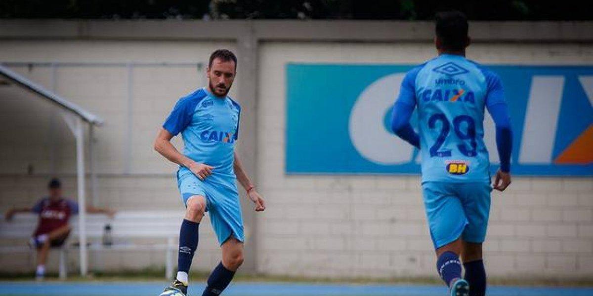 """El plantel de Cruzeiro tuvo """"apretón"""" de los dirigentes en la previa del partido con la U"""