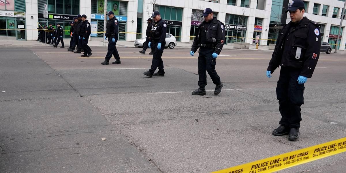 Polícia de Toronto analisa 'mensagem enigmática' de suspeito de ataque mortal com van
