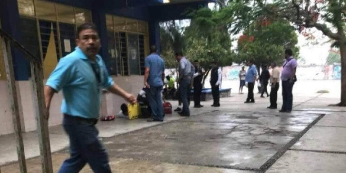 Balean a alumnos dentro de preparatoria; hay al menos cinco heridos