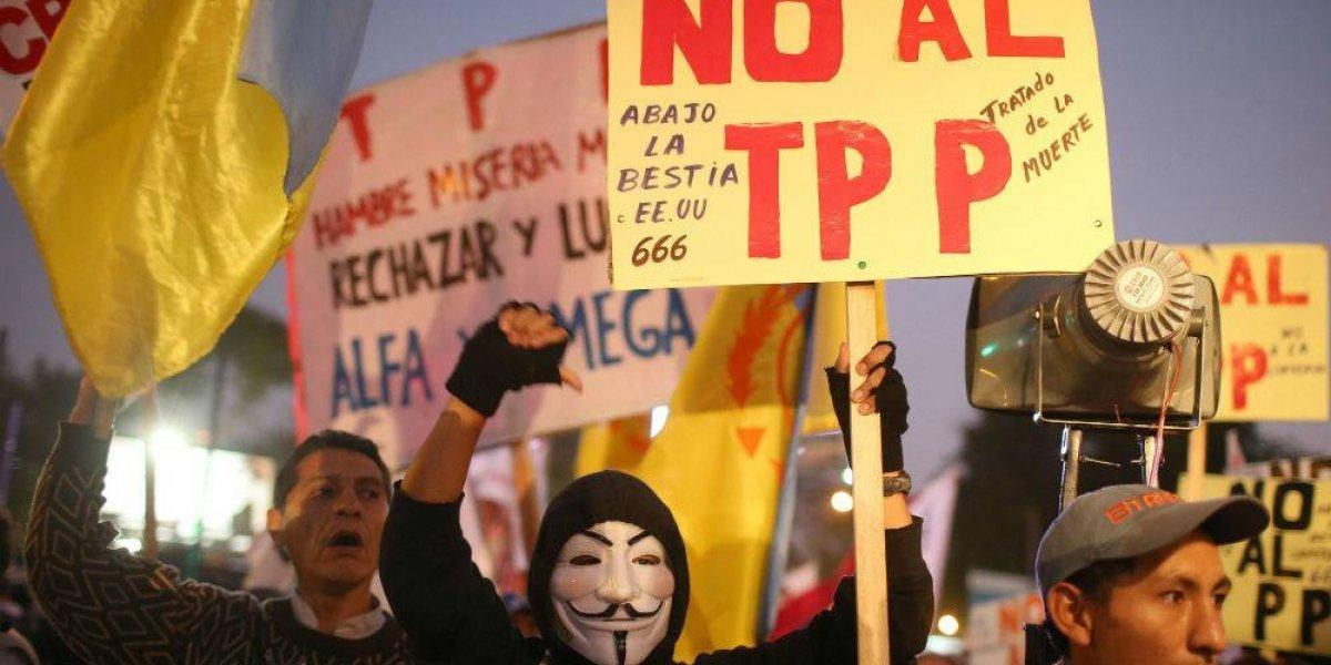 Senado ratifica polémico TPP; da libertad absoluta a transnacionales y se negoció en secreto, acusan