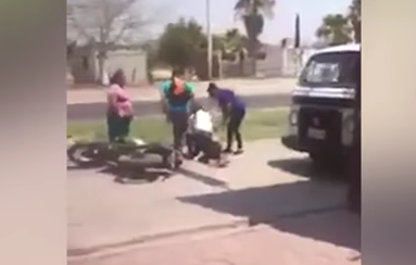 Video: mujer descubre a su marido con una amante en un motel y los espera a la salida