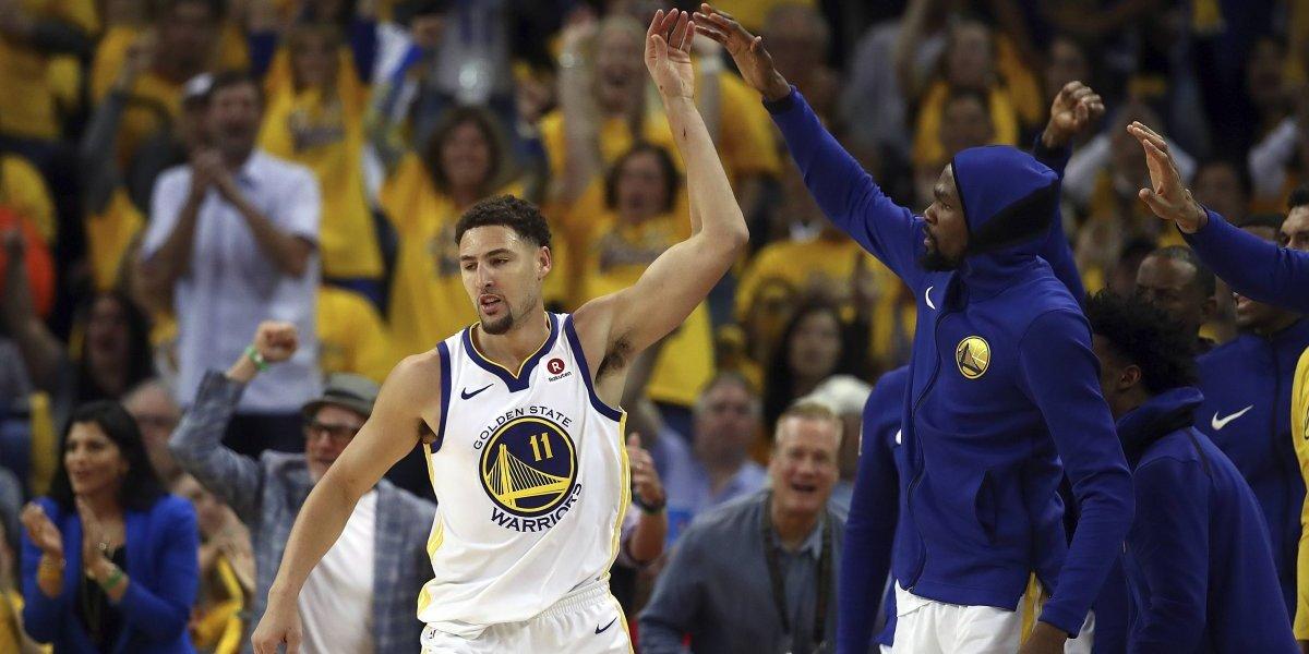 Golden State Warriors mostró sus credenciales para eliminar a San Antonio Spurs y sigue firme en la NBA