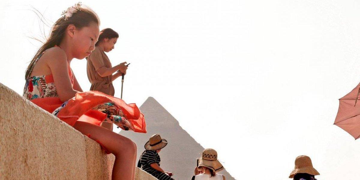Este país castigaría a personas que importunen turistas con ventas