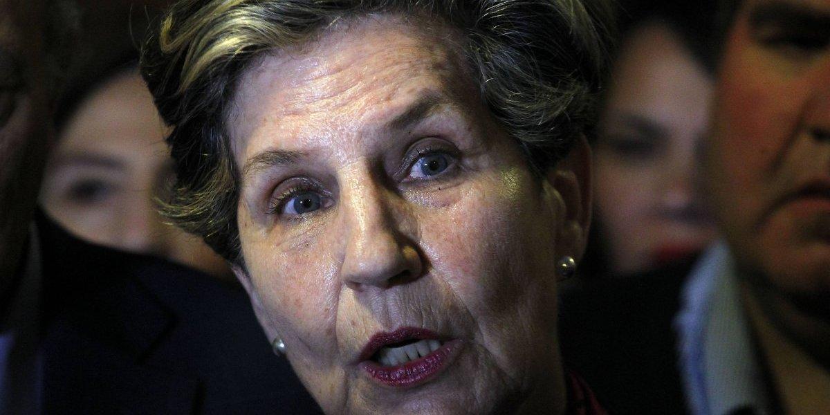 """""""Creo que era necesario ordenar este tema"""": senadora Allende muestra su apoyo a proceso de regulación de migrantes"""
