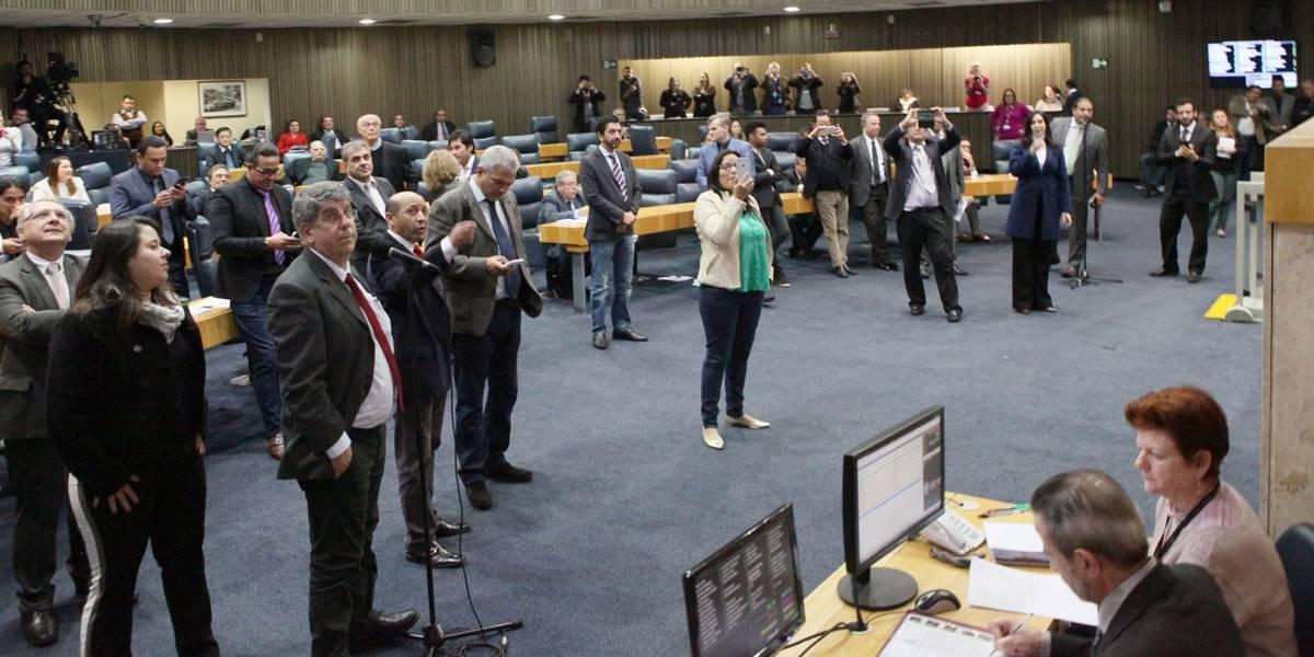 CCJ da Câmara aprova perda de imóvel usado como cativeiro