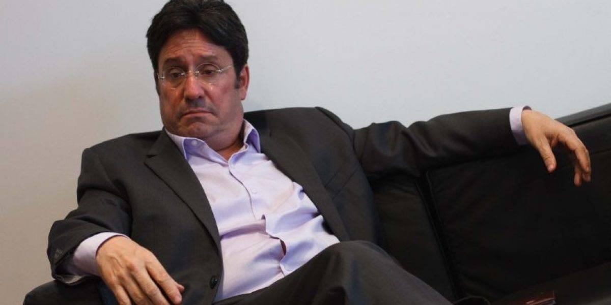 ¿Se le volteó? Las duras declaraciones de Francisco Santos sobre un tuit de Uribe
